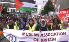 A Nagy-Britanniáben élő muszlimoknak közel fele hisz az antiszemita előítéletekben