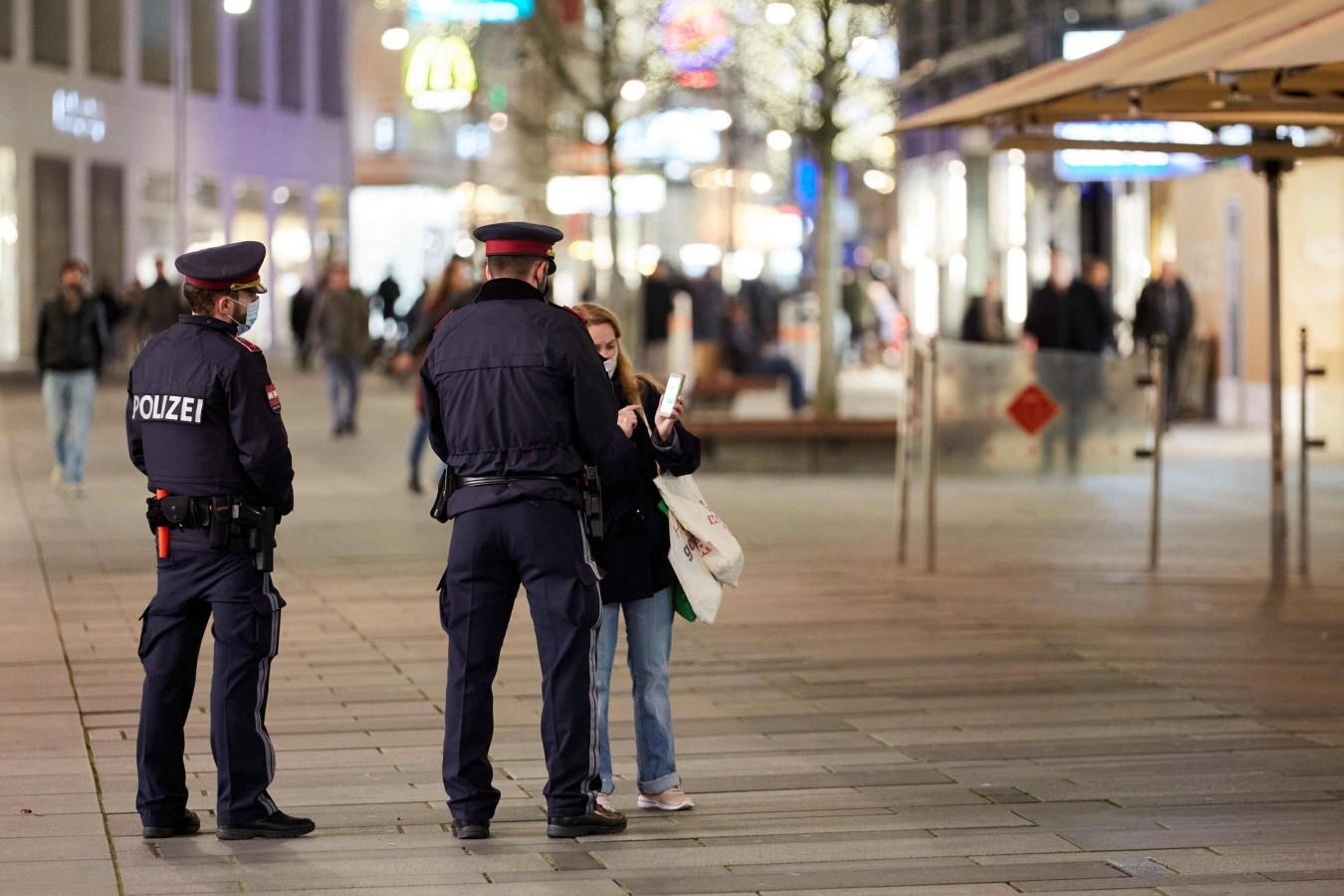 """Antiszemita támadás Bécsben: """"az összes zsidót meg kell ölni"""" – TEV"""